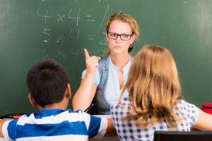 Schulverweis prüfen und widersprechen