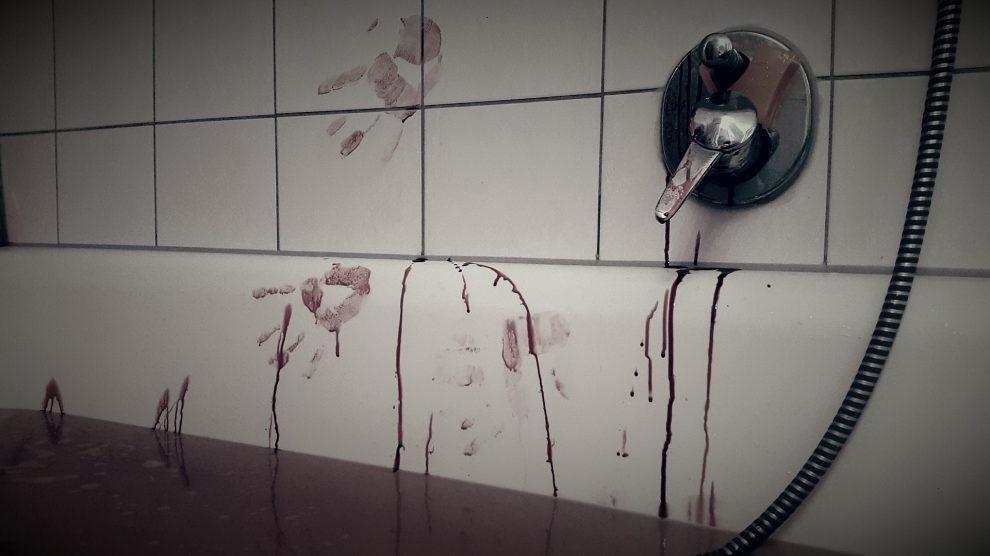 bloodbath 891262 1920 990x556 - Der Unterschied zwischen Mord und Totschlag im Strafrecht