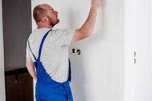 painter 2751666 1920 300x200 - Kurzarbeit - wann kommt sie zum Einsatz, was ist zu beachten?!
