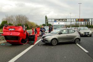 car accident 2165210 1920 300x200 - Gaffen- strafrechtliche Folgen für Schaulustige