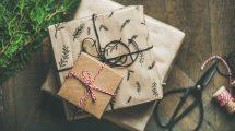 gifts 2998593 1920 215x120 - Weihnachtsgeschenke für Geschäftspartner – Was muss man beachten ?