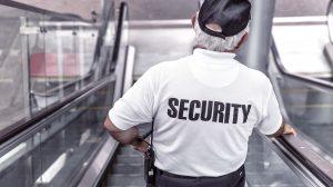 police 869216 1920 300x168 - Muss Umkleidezeit auf Arbeit bezahlt werden - Arbeitszeit ?