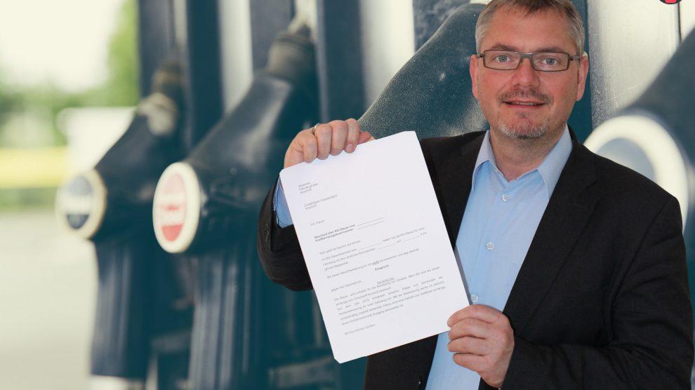 refuel 1629074 1920 990x556 - Unsere Antwort zur Kfz Steuer für Dieselfahrer! Musterschreiben und Erklärung