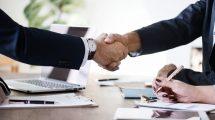 business 3167295 1920 215x120 - Wie funktioniert eigentlich ein Vertrag?